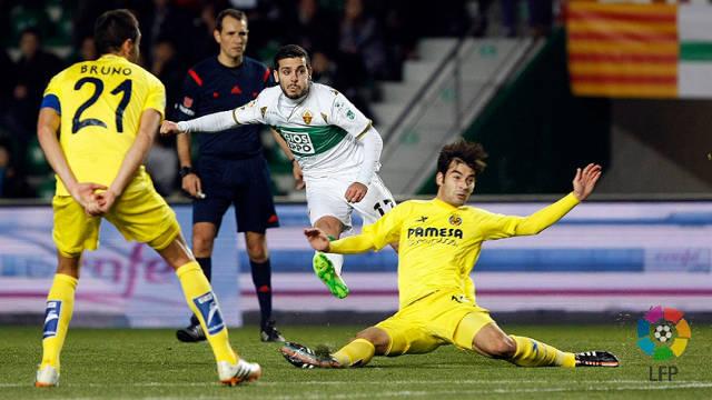 Villarreal remisuje z Elche, tylko remisuje