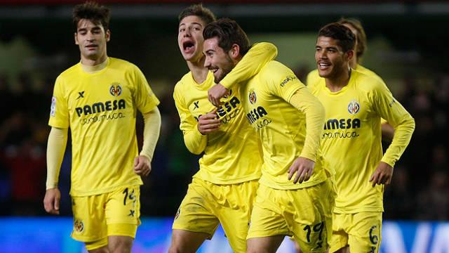 Villarreal pewnie pokonuje Real Sociedad